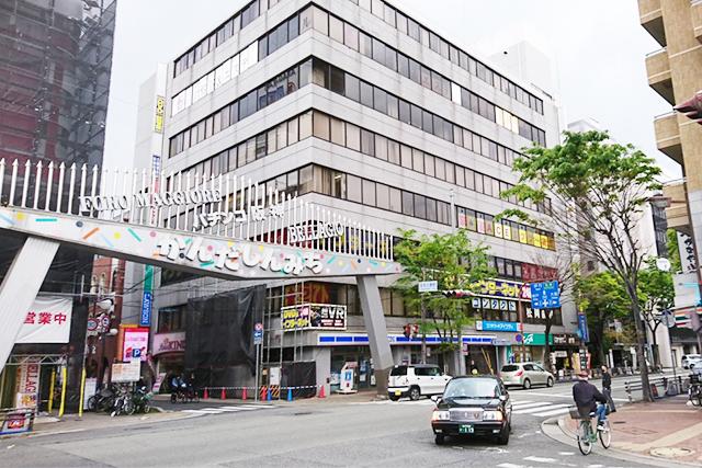 アイシティ阪神尼崎駅前店